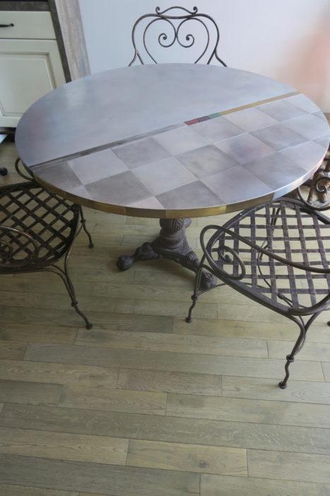 02-Table-ronde-Après-Anne-dAutruche-467x700 Renaissance